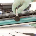 Какие детали принтера чувствительны к пыли?