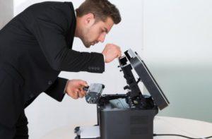Почему пищит принтер при печати?