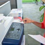Принтер печатает только цветные изображения - в чем причина?